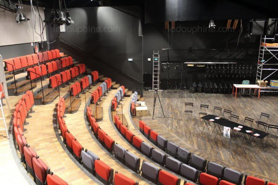 le-theatre-premol-va-rouvrir-ses-portes-4-ans-apres-l-incendie-photo-le-dl-pierre-mouny-1569412495